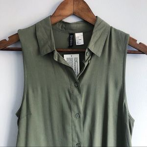 Divided by H&M Long Khaki Green Flowy Tunic